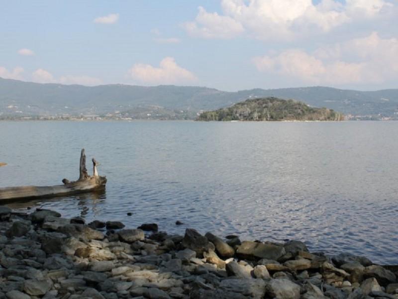 Lago trasimeno in Umbria. Natura e divertimento