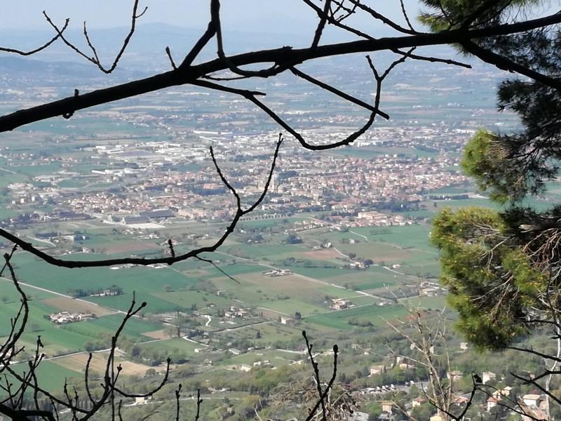 Trekking in Umbria. Escursioni, percorsi e passeggiate