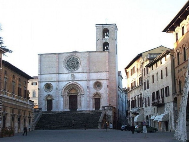 Todi 2-hours Private Guided Tour. Medieval city