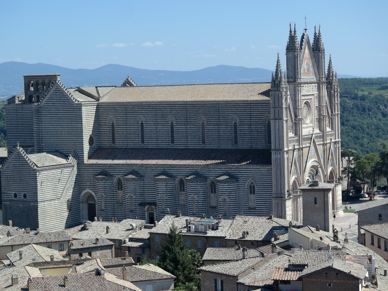 Full-Day Tour of Orvieto and Todi