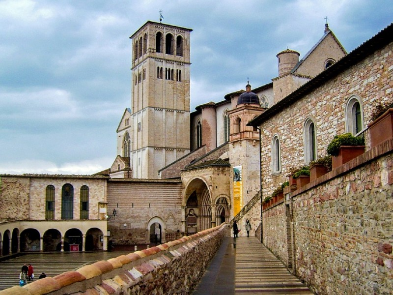 Assisi full day tour including St Francis Basilica and Porziuncola