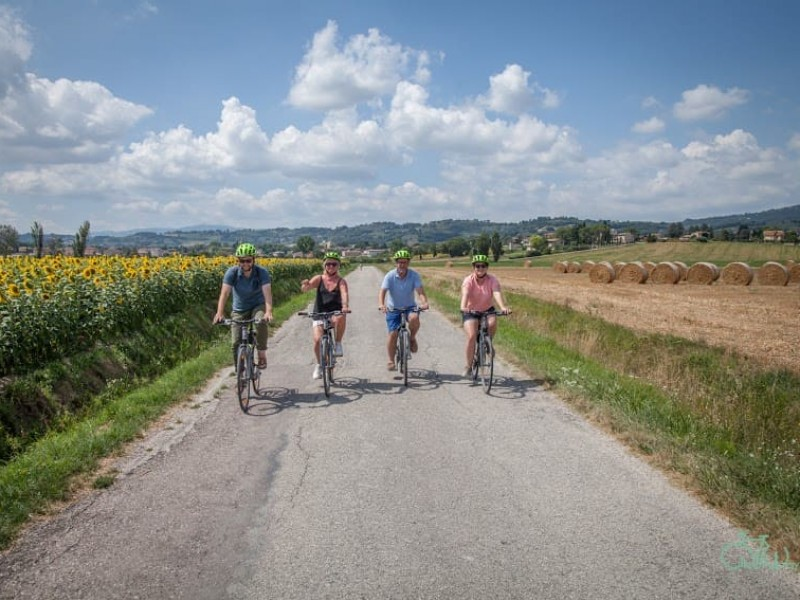 Bike tour in Umbria - Bevagna Bike & Wine Tour