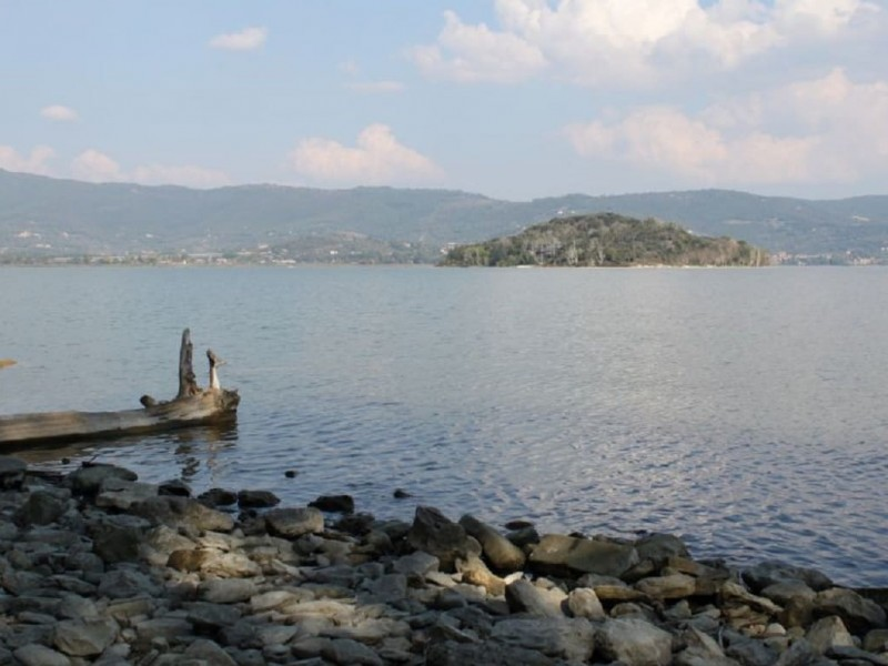 The wonders of Lake Trasimeno by e-bike