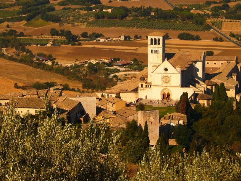 Assisi guided tour - The city of Saint Francis.