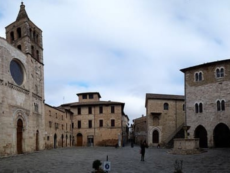 Guided tour of Bevagna, lovely medieval village.