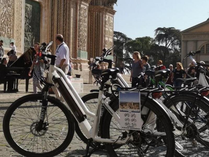 Tour di Orvieto con E-Bike e degustazione finale