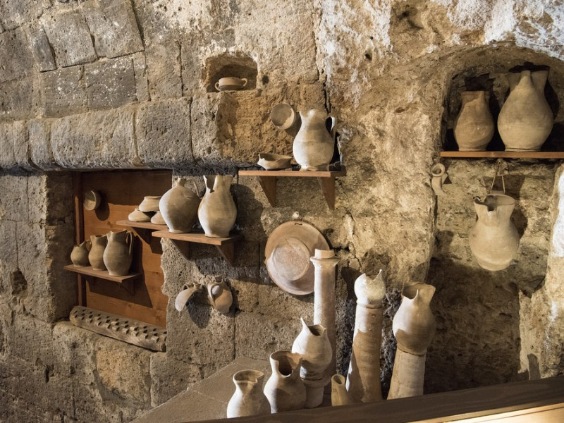 Orvieto's Underground Tour with Wine Tasting and Light Lunch