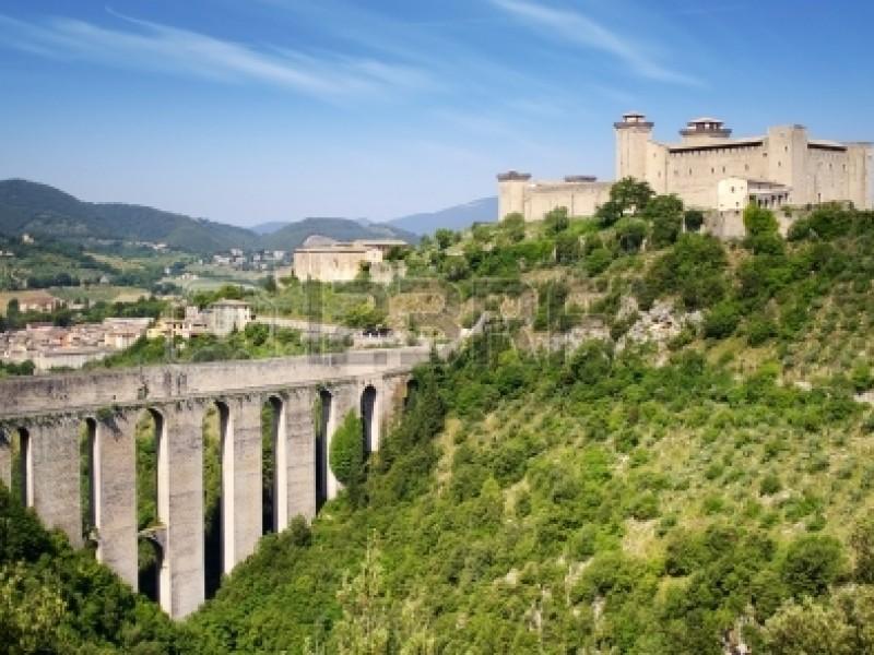 Walking in a surprising Umbria