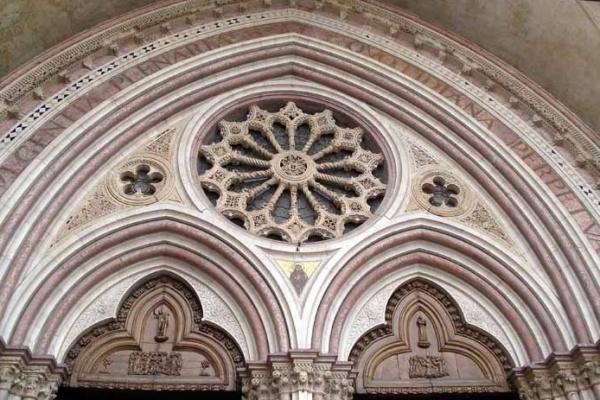 Ingresso Basilica di San Francesco