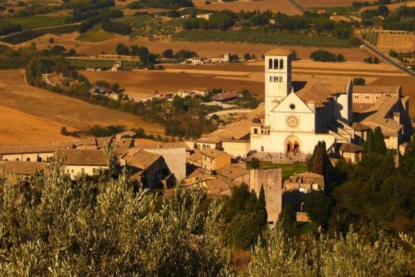 Vista della Basilica di San Francesco